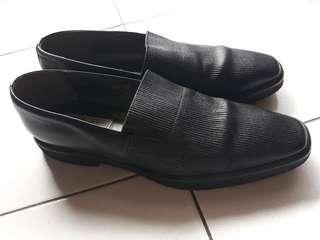 Sepatu Casual Armando Pollini