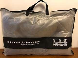 Brand New King Koil Pillow / 全新愛皇健竹灰枕頭