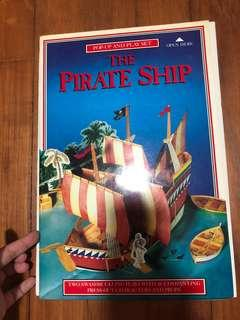 The pirate ship Pop Up and Play Set