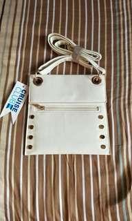 🚚 White Studded Sling Bag