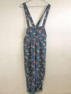 Overall floral
