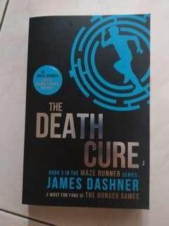 Maze Runner: The Death Cure Book
