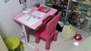 Pink study table and chair set. Selling Cheap to clear space
