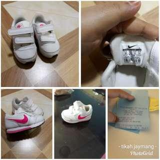 Nike Baby Shoes Preloved Like New
