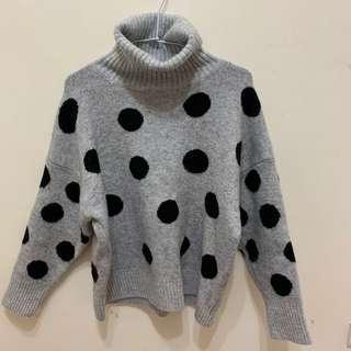 🚚 灰色點點高領毛衣