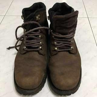 🚚 Caterpillar leather boots