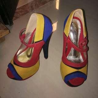 TIQ heels