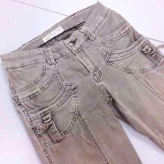 [FREE WITH ANY PURCHASE] Vintage Ladies Grunge Denims.