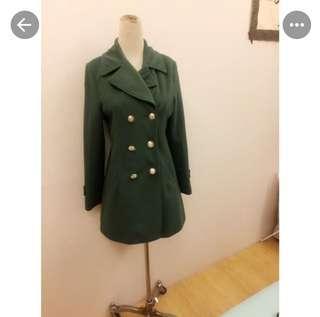 🚚 Cat world軍綠色收腰質感大衣外套