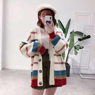 彩紅寬鬆針織外套