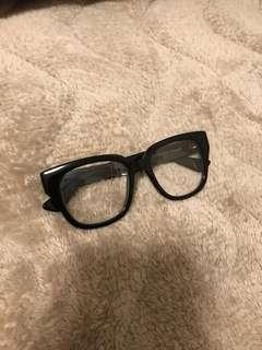 GUCCI GLASSES 100%real 100%new