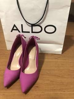 🚚 Hot Pink ALDO Pointed Court Heels