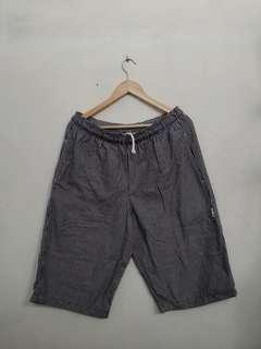 Celana pendek cowok / cewek