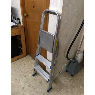 9成新 3層鋁梯 90%new 3levels Aluminum ladder