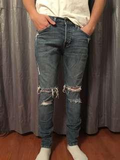 H&M medium wash ripped men jeans