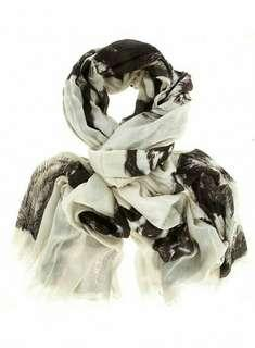 Dorothy Perkins Horse Printed Scarf / Tapestry