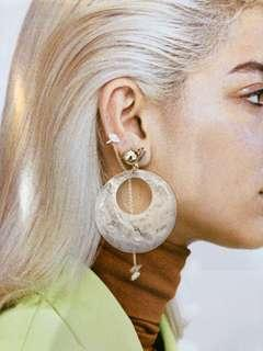 Round acrylic statement earrings