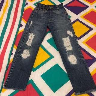 Ripped jeans waist 24in