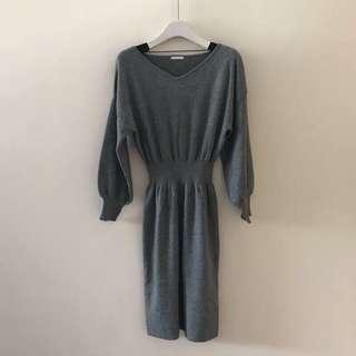 🚚 降價!GU灰色針織縮腰包臀洋裝 連衣裙m號