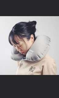 【全新】按壓式充氣脖子U型枕--灰色
