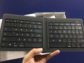 Universal Foldable Keyboard (Microsoft)