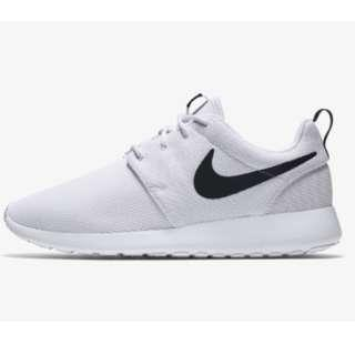 info for cc79e 99bee NIKE white roshe
