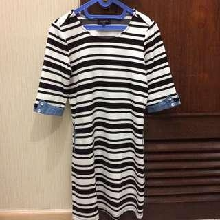 Black n white stripes dress #sharethelove