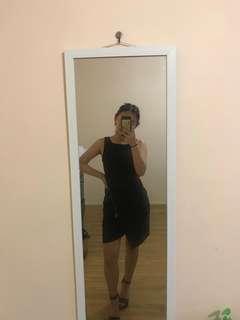 FOREVER NEW —> black dress