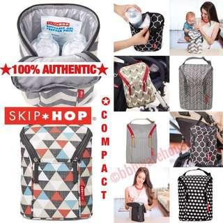 🚚 COMPACT MULTI PURPOSE CONVENIENT DOUBLE BOTTLE BAG BY SKIP HOP ~ EASY TO CARRY, LONG LASTING THERMAL INSULATION ~ SUITABLE TO HAND CARRY OR HANG ON STROLLERS ~ COMES WITH FREEZER PACK
