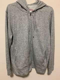 Uniqlo 灰色外套