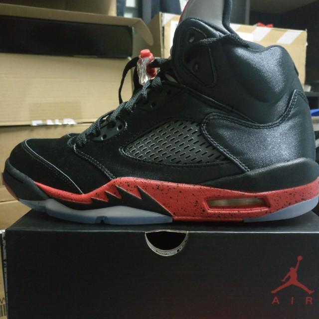 reputable site f6079 f3468 Air Jordan 5 satin bred, Fesyen Lelaki, Kasut Lelaki, Sneakers di Carousell