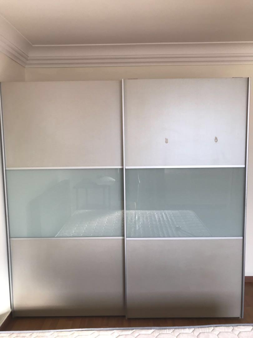 Beautiful European wardrobe in good condition