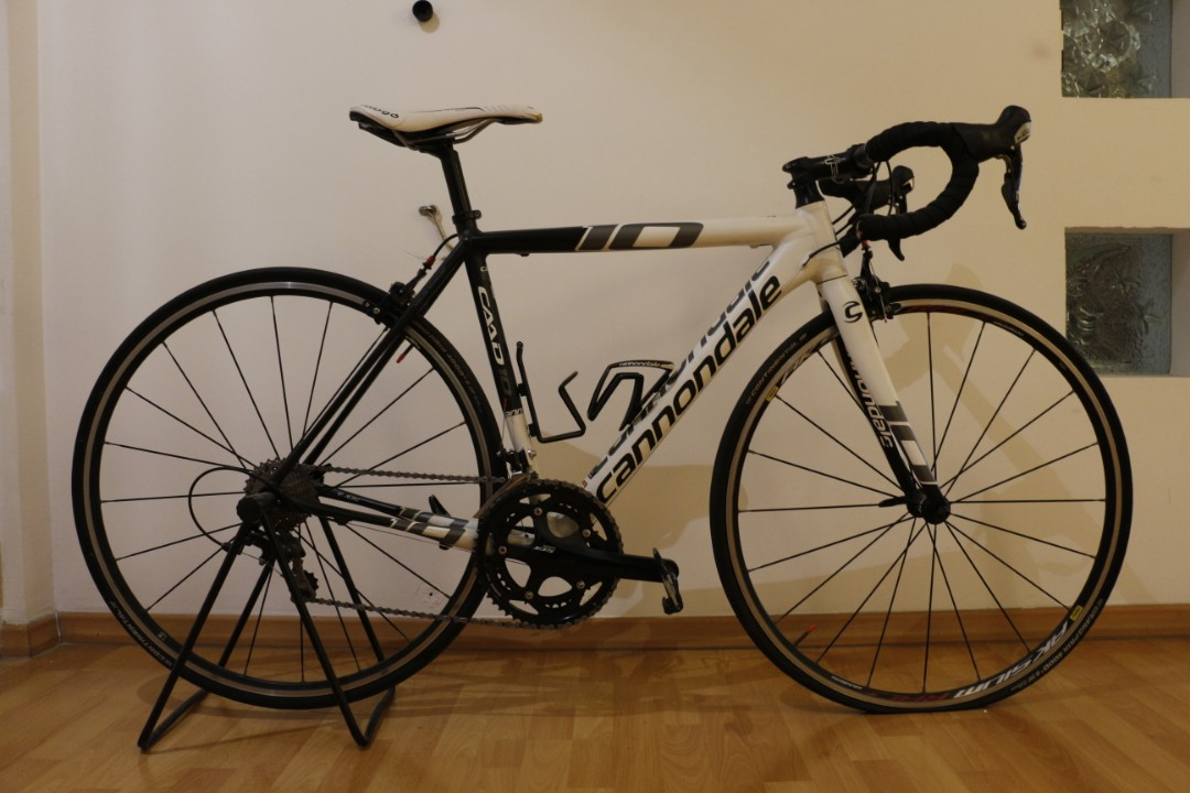 f70c3e68f59 Cannondale CAAD 10, Bicycles & PMDs, Bicycles, Road Bikes on Carousell