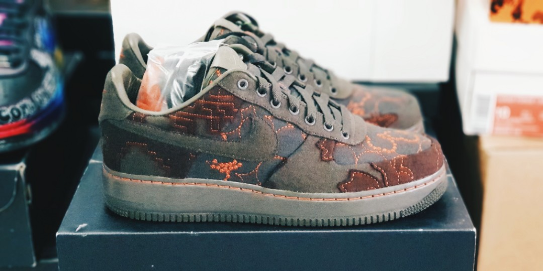 half off a4ce1 39d39 [EXTREMELY RARE] US 9.5 Nike Air Force 1 Low Maharam Moss, Men's Fashion,  Footwear, Sneakers on Carousell