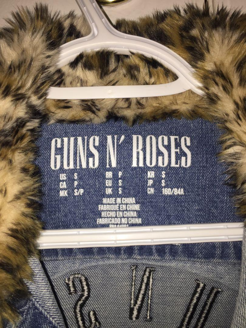 Gun's and roses ripped jean jacket