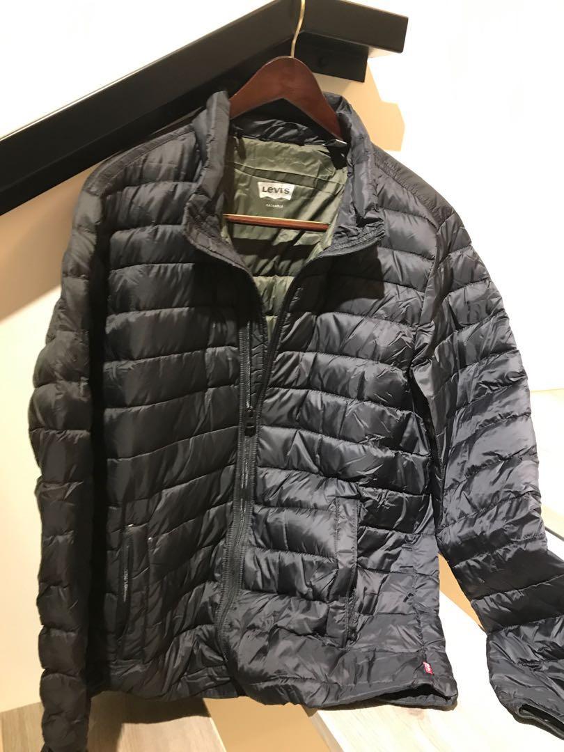 f8e9e298928 Levi's Packable down feather jacket, Men's Fashion, Clothes ...