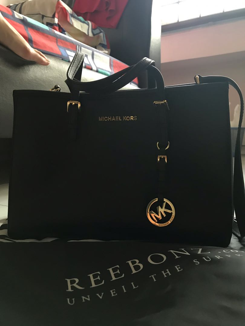 8b511926be68 Michael Kors Saffiano tote bag, Women's Fashion, Bags & Wallets ...