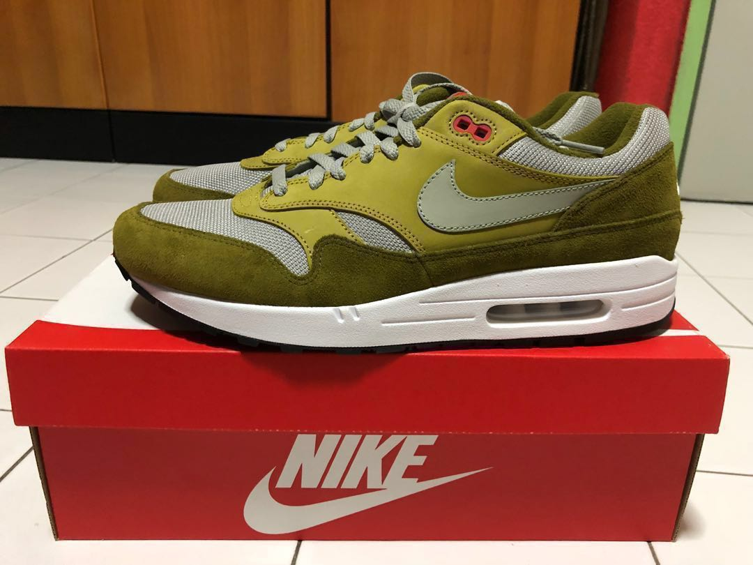 "big sale 69ad3 816fc Nike Air Max 1 Premium Retro ""Green Curry"" US 12 / UK 11, Men's ..."