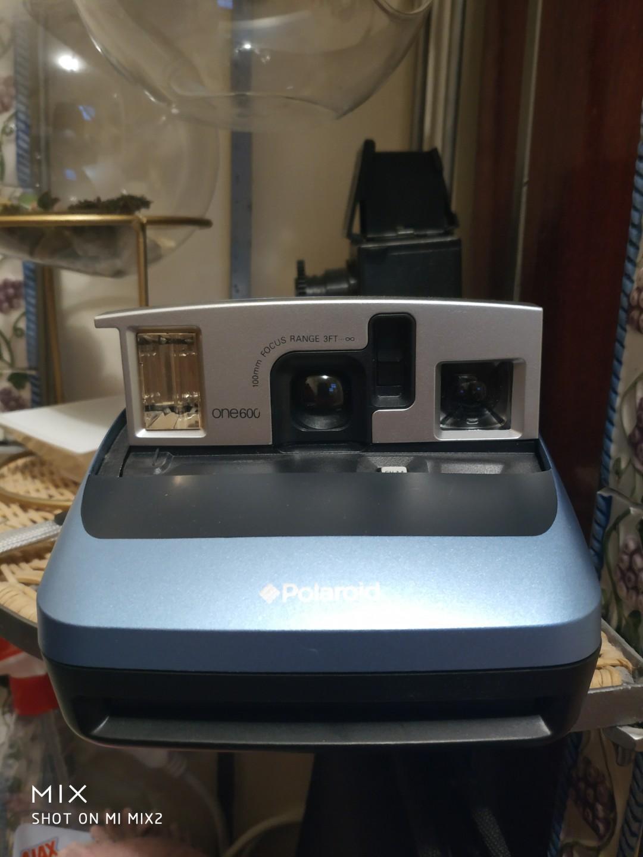 Polaroid Vintage One600