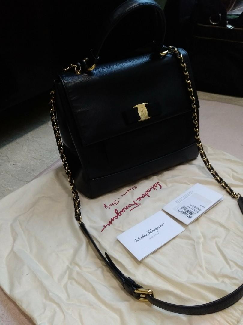 478f2b4aac Pre-loved Authentic Ferragamo carrie nero medium, Luxury, Bags ...