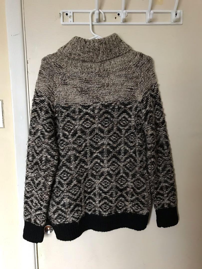 PRICE DROP: Aritzia Wilfred Free Heavy Knit Wool Sweater