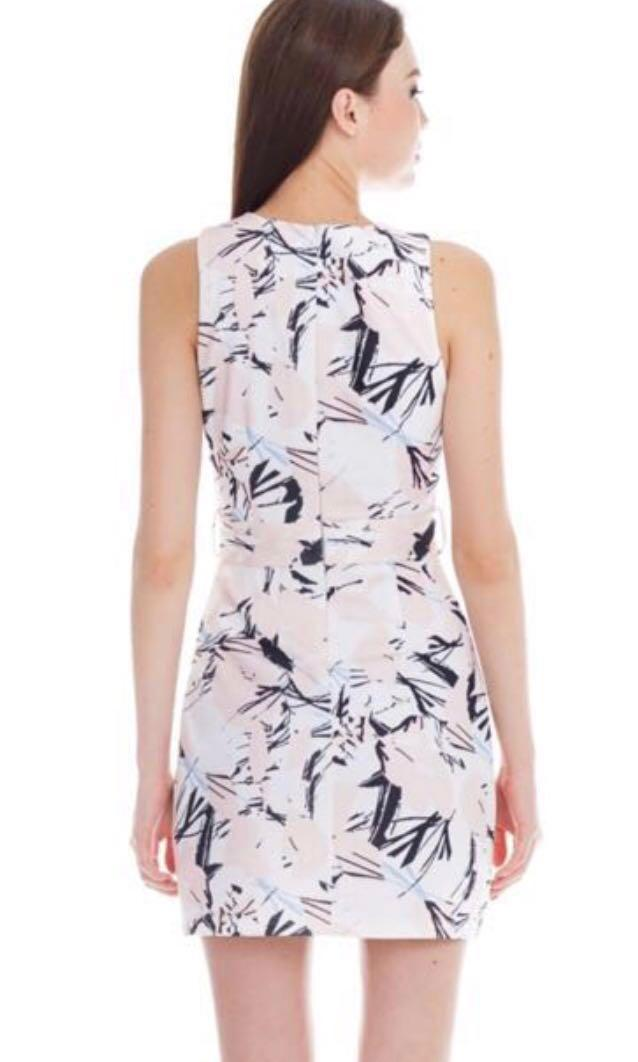 TCL BNWT Lilydale Dress