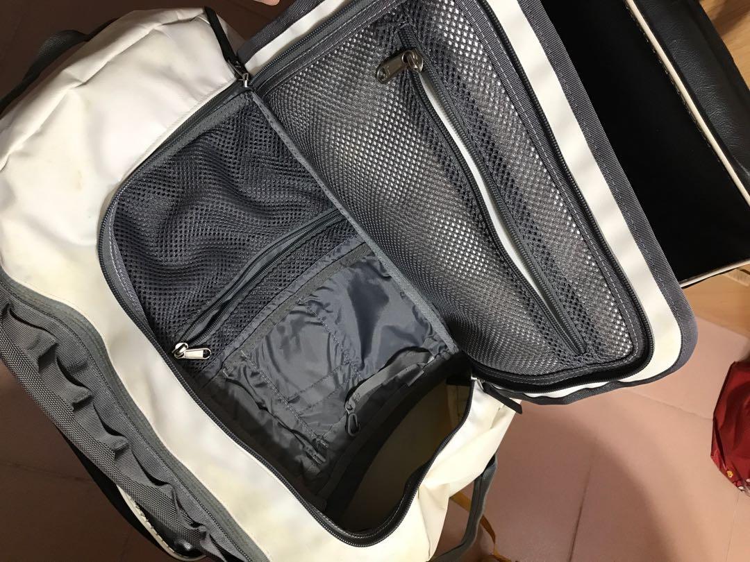 急清櫃~The North Face big backpack