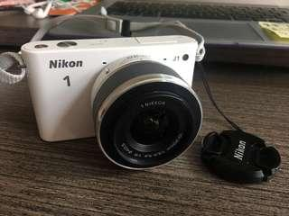 Nikon J1 Body ONLY (Without lens)