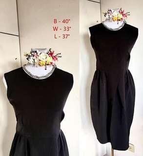 BLACK CASUAL / OFFICE / CORPORATE VINTAGE DRESS