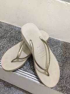 havaianas 厚底 楔型厚底涼拖鞋 39-40 很少穿,寄出前會再清洗一次
