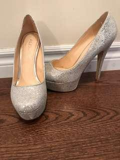 ALDO Pumps in Silver Sequence