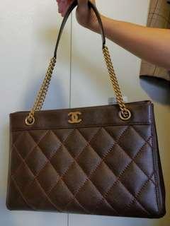 Chanel tote bag #MILAN12