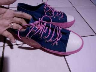 Shoes pink blue