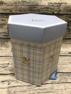 🚚 🔅全新🔅Fees法緻 六角禮盒(只有盒子)